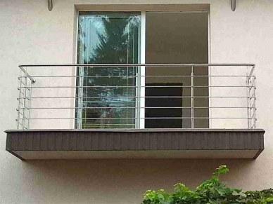Перила из нержавейки на балкон