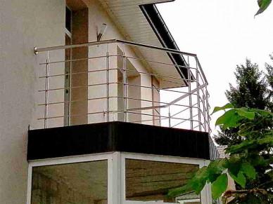 Балконные ограждениян из нержавейки