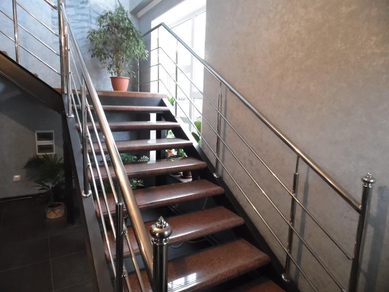перила для лестниц из нержавейки 21