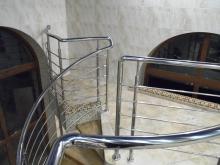 Перила из нержавейки для винтовых лестниц 4