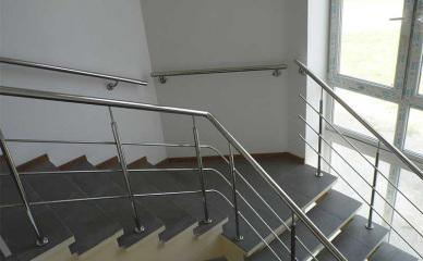 Поручни на лестницу, Поручни, Поручни из нержавейки