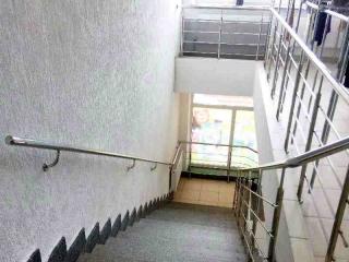 Поручень на лестницу из нержавейки-6