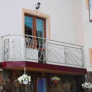 балконные ограждения из метала, перила для балкона из нержавейки