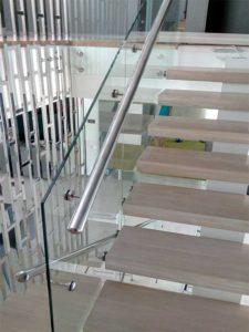 Перила из нержавейки Киев, перила цена, ограждение на лестницу