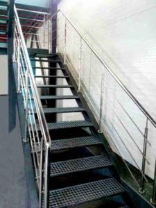 Перила на лестницу из нержавеющей стали, Перила цена Киев, Цены на перила