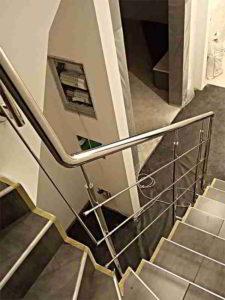 Перила на лестницу Киев, перила из нержавейки